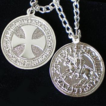 Pendentif croix templiere argent